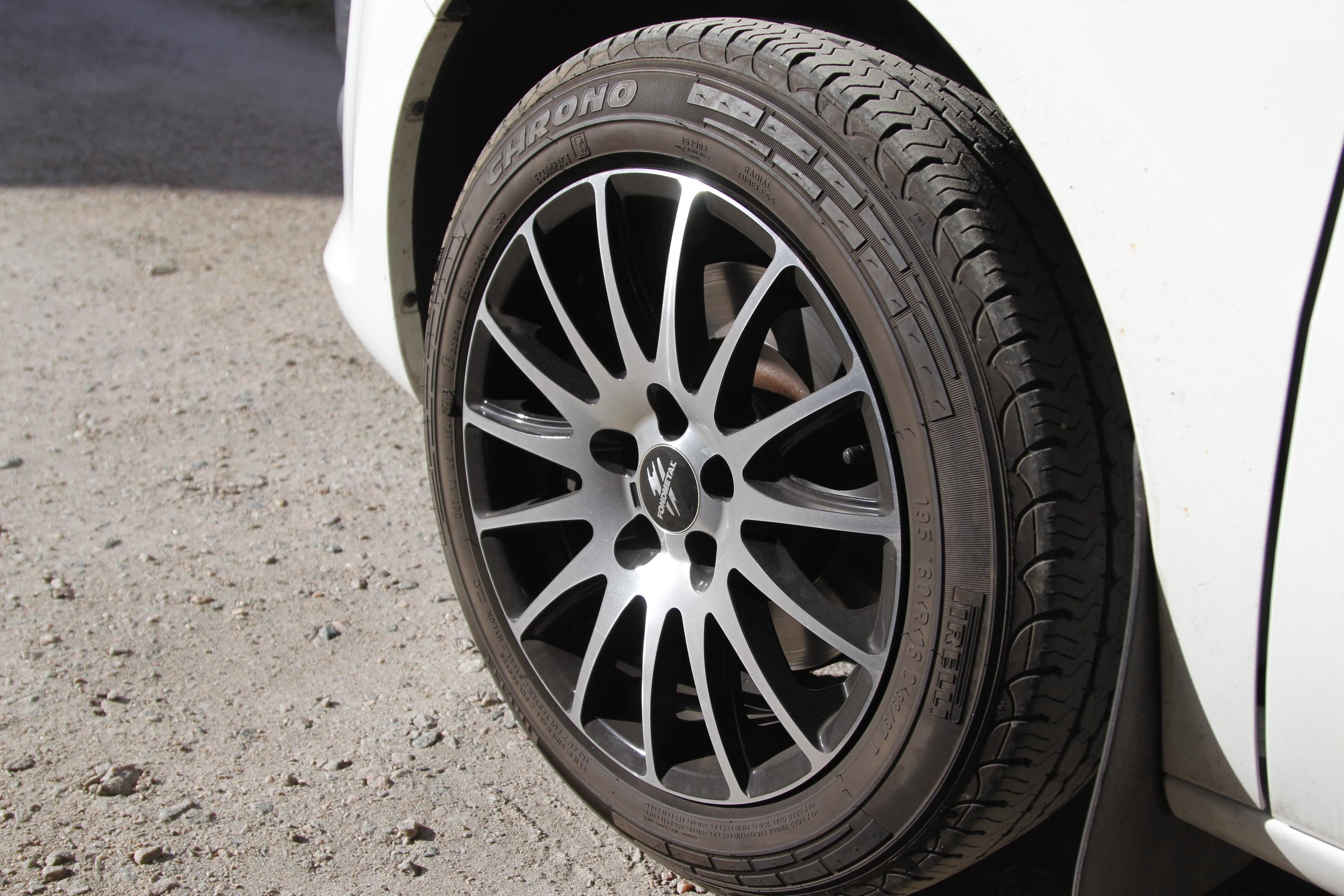 köpa däck från däckonline